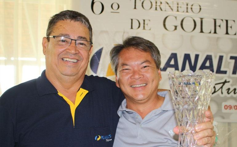 Gilberto-Ikeda_4-LUGAR-AZUL